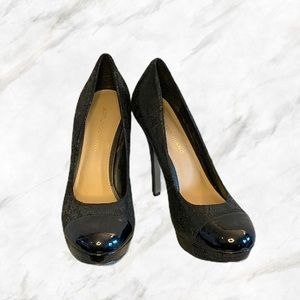 Arturo Chiang | Shiny Snakeskin Detail Black Pumps